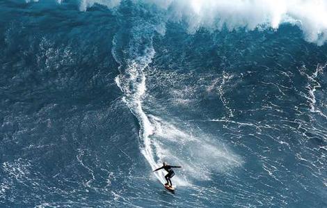 surfer-at-margaret-river.jpg