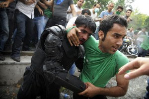 riots-in-tehran-a-protest-0151