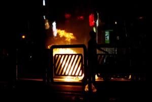 riots-in-tehran-fires-bur-005