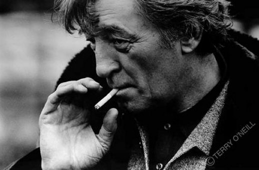 robert_mitchum_holland