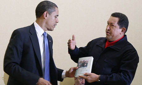 1Chavez-gives-a-book-to-Ob-001