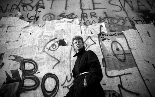 berlinwallbowie_by_the_3065564b