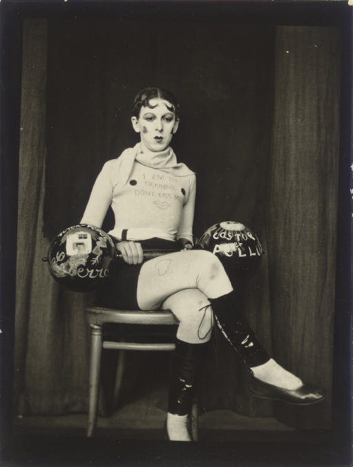 1-claude-cahun-theredlist2