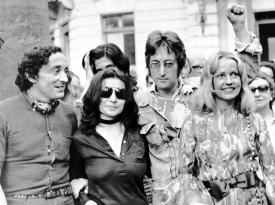 Louis Malle, John Lennon, Yoko Ono e Jeanne Moreau, 1971 (AP Photo)