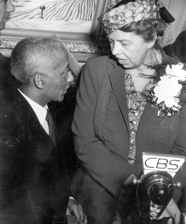 Alain-Locke-and-Eleanor-Roosevelt